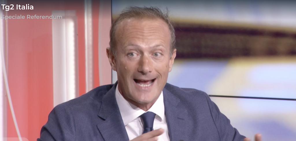 SI Perché Tagliare i Parlamentari RAI2 Tg2 Italia Pietro Paganini non ripete referendum